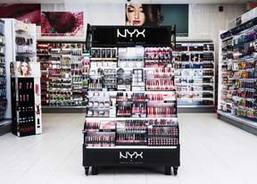 NYX Bergerie Cosmetic Display Encourages Product Exploration