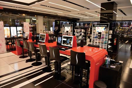 Sephora Beauty TIP Workshop Opens On Michigan Ave.