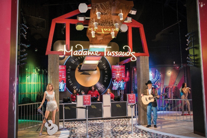Simon Welcomes Madame Tussauds At Opry Mills In Nashville