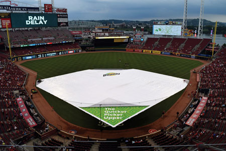 Bounty & Cincinnati Reds Unveil New Infield Tarp